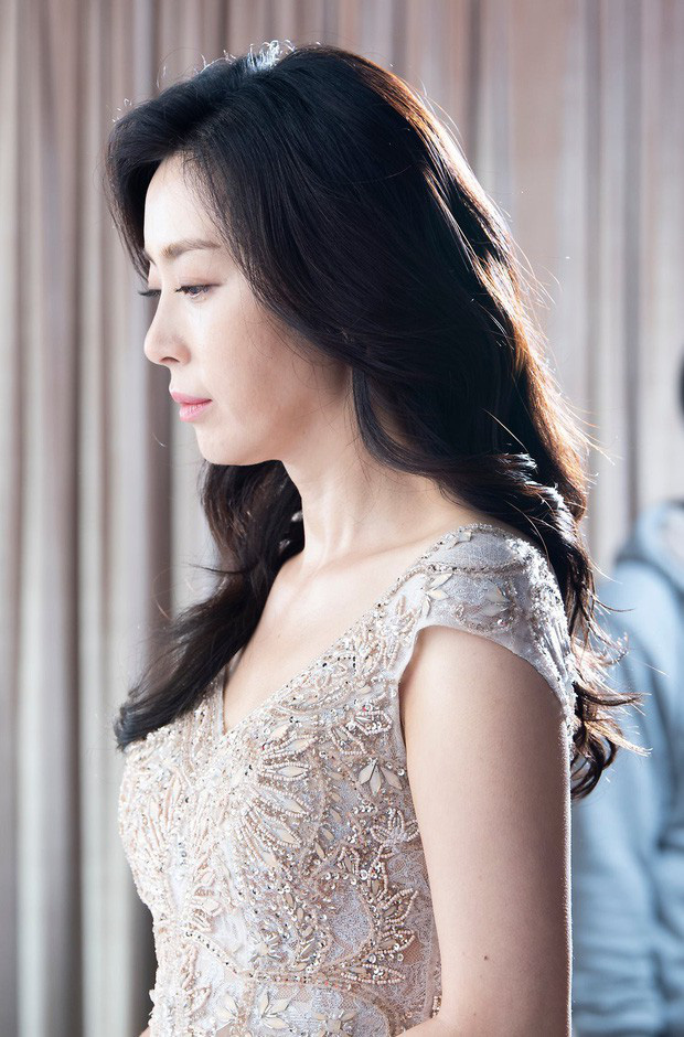 Thời của các bà mẹ Kbiz đã đến: Siêu hot, mẹ Kim Tan chưa phải đỉnh nhất, toàn được ship với con rể vì quá đẹp đôi - Ảnh 16.