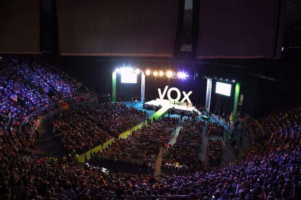Điểm danh những địa điểm, nhà thi đấu hoành tráng tại châu Âu được đem ra phục vụ World Championship 2019, giải đấu LMHT lớn nhất thế giới - Ảnh 6.