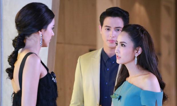 4 đặc sản chỉ có ở phim Thái mà ai cũng gật gù đồng ý: Diễn hay dở không quan trọng, cái chính là phải đẹp và có đánh ghen! - Ảnh 10.