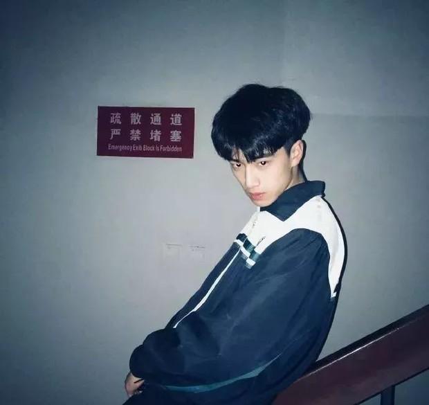 3 nam thần tân sinh viên Học viện Điện ảnh Bắc Kinh: Thiếu gia con nhà nòi không bất ngờ bằng bản sao Song Joong Ki - Ảnh 11.