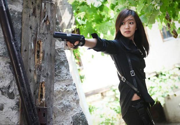 5 đả nữ xinh đẹp lạnh lùng trên phim Hàn: Kim Tae Hee võ công thâm hậu vẫn chưa bằng Soo Ae diệt địch trong phút mốt - Ảnh 10.