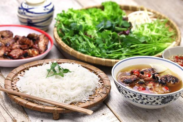 """Đây là 7 món ăn ở Hà Nội mà báo chí nước ngoài lựa chọn là """"nhất định phải thử"""" - Ảnh 2."""