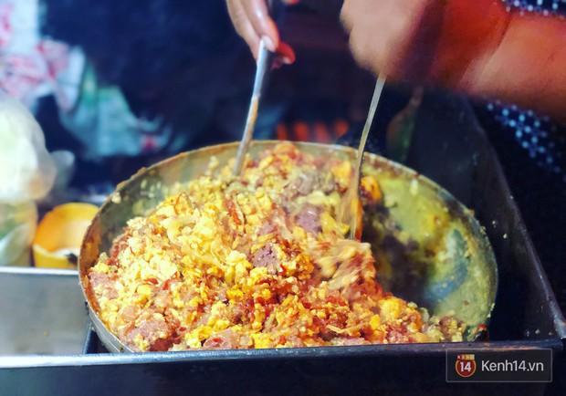 Những biến tấu xuất sắc của bánh mì Việt khắp 3 miền mà ai cũng nên thử ít nhất 1 lần trong đời - Ảnh 2.