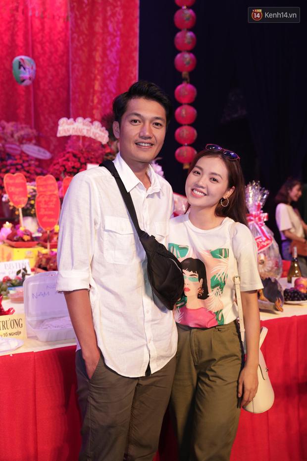 Jun Vũ, Linh Ka xuất hiện rạng rỡ cùng dàn nghệ sĩ thành kính dâng hương cúng Tổ nghề tại sân khấu Thế giới trẻ - Ảnh 11.