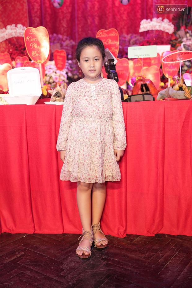 Jun Vũ, Linh Ka xuất hiện rạng rỡ cùng dàn nghệ sĩ thành kính dâng hương cúng Tổ nghề tại sân khấu Thế giới trẻ - Ảnh 14.