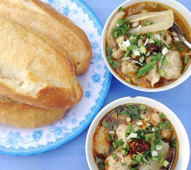 Những biến tấu xuất sắc của bánh mì Việt khắp 3 miền mà ai cũng nên thử ít nhất 1 lần trong đời - Ảnh 7.