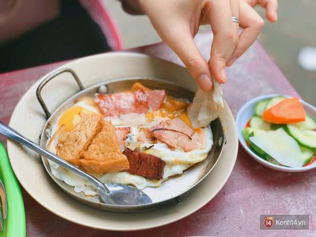 Những biến tấu xuất sắc của bánh mì Việt khắp 3 miền mà ai cũng nên thử ít nhất 1 lần trong đời - Ảnh 8.