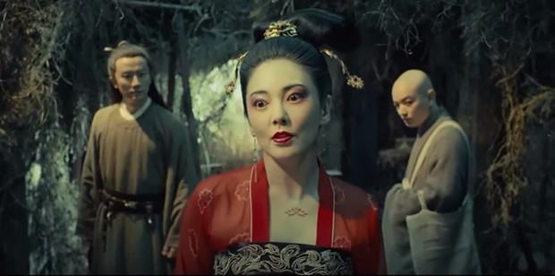 Gà cưng của Phạm Băng Băng - Bành Tiểu Nhiễm được khen vì màn hoá thân Yêu Miêu không thua đàn chị - Ảnh 10.