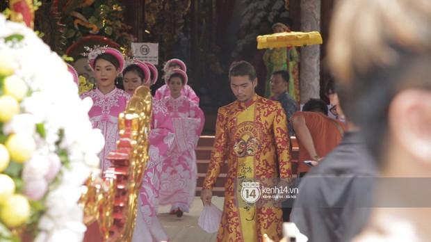 Vợ chồng Hoài Lâm, Trấn Thành cùng dàn nghệ sĩ tề tựu tại nhà thờ của nghệ sĩ Hoài Linh dâng hương cúng tổ nghiệp - Ảnh 31.