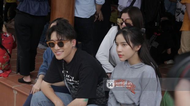 Vợ chồng Hoài Lâm, Trấn Thành cùng dàn nghệ sĩ tề tựu tại nhà thờ của nghệ sĩ Hoài Linh dâng hương cúng tổ nghiệp - Ảnh 29.