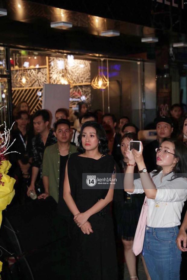 Phía Diệp Lâm Anh thông báo Ji Chang Wook đã ra sân bay, Chi Pu và dàn sao Việt vất vả len lỏi giữa nghìn người vào sự kiện - Ảnh 7.