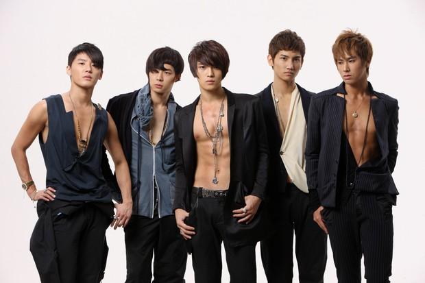 Netizen Hàn bình chọn các nhóm nhạc nam đại diện cho mỗi thế hệ Kpop: Đẳng cấp đào tạo boygroup nhà SM đã được khẳng định! - Ảnh 3.
