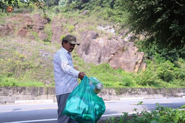 Ông chú bán kem dễ thương nhất Đà Nẵng: 3 năm cặm cụi nhặt rác ở bán đảo Sơn Trà - Ảnh 3.