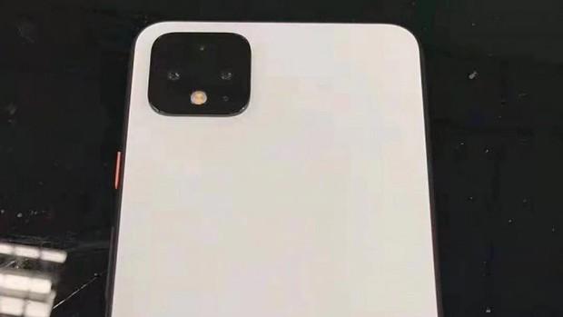 iPhone 11 còn chưa lộ mặt mà đã có kẻ nhăm nhe copy suýt y xì đúc rồi đây - Ảnh 2.