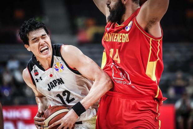 Kết quả ngày thi đấu 9/9 FIBA World Cup 2019: Cầu thủ xuất sắc nhất NBA 2019 về nước sớm, đội tuyển Mỹ thể hiện sức mạnh khủng khiếp - Ảnh 2.