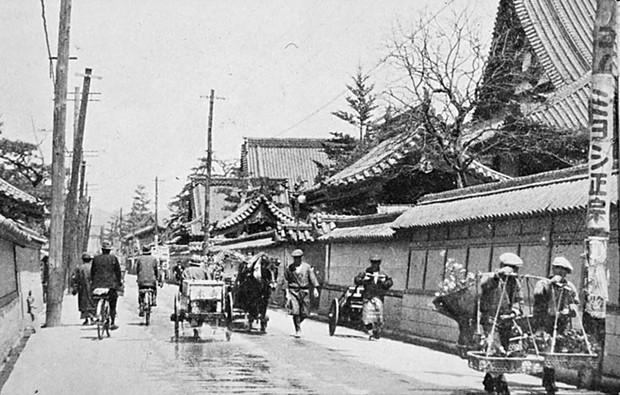 Ám ảnh cảnh trái ngược nhau ở Hiroshima trước và sau khi bị ném bom - Ảnh 3.