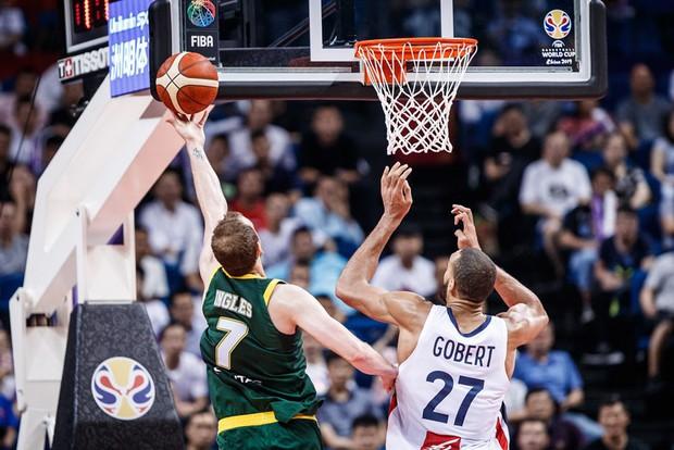 Kết quả ngày thi đấu 9/9 FIBA World Cup 2019: Cầu thủ xuất sắc nhất NBA 2019 về nước sớm, đội tuyển Mỹ thể hiện sức mạnh khủng khiếp - Ảnh 7.