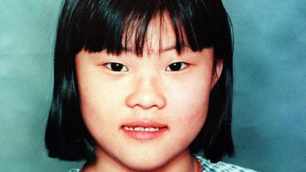 Cô bé 12 tuổi bị kẻ sống gần nhà bắt cóc, sát hại trên đường đến trường và câu nói cuối cùng khiến người bố ám ảnh suốt 21 năm - Ảnh 1.