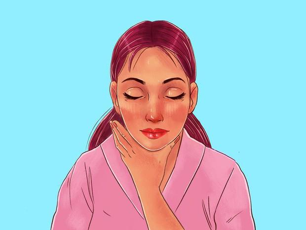 Chuyên gia của Meghan Markle chia sẻ 10 bước massage giúp Công nương có được làn da luôn căng bóng, trẻ trung - Ảnh 14.