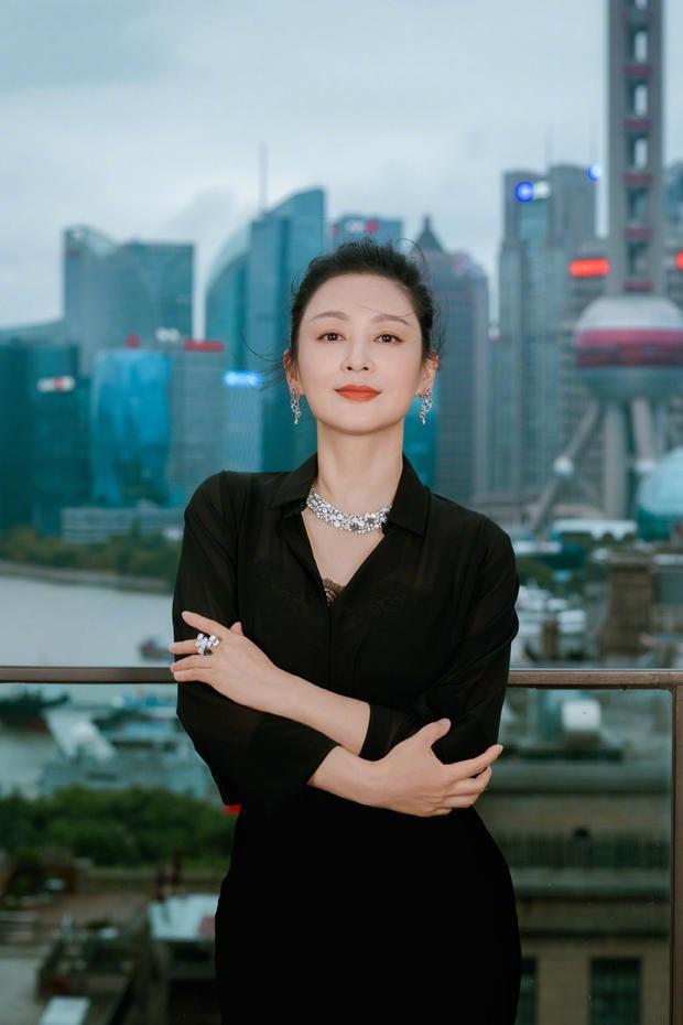 Trần Hồng: Nàng Điêu Thuyền đẹp hơn cả Vương Tổ Hiền, khiến netizen Hàn phải mê mẩn đến mức phong Đệ nhất mỹ nhân Cbiz - Ảnh 21.