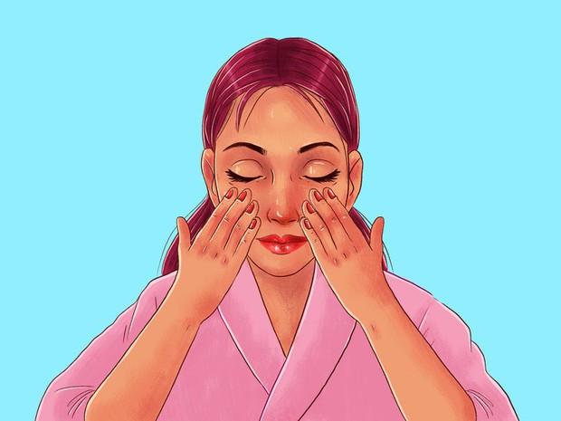Chuyên gia của Meghan Markle chia sẻ 10 bước massage giúp Công nương có được làn da luôn căng bóng, trẻ trung - Ảnh 7.