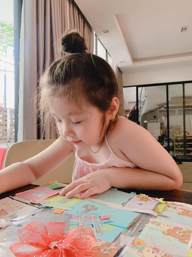 Những nhóc tỳ Vbiz nói tiếng Anh như gió: Con trai Đan Trường 2 tuổi biết 4 thứ tiếng, Subeo đỉnh đến mức mẹ ngỡ ngàng - Ảnh 10.
