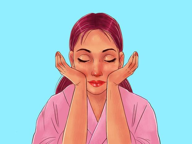 Chuyên gia của Meghan Markle chia sẻ 10 bước massage giúp Công nương có được làn da luôn căng bóng, trẻ trung - Ảnh 11.