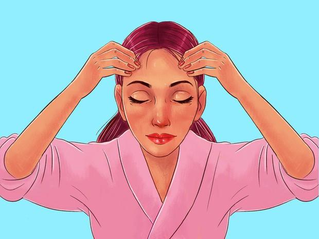 Chuyên gia của Meghan Markle chia sẻ 10 bước massage giúp Công nương có được làn da luôn căng bóng, trẻ trung - Ảnh 13.
