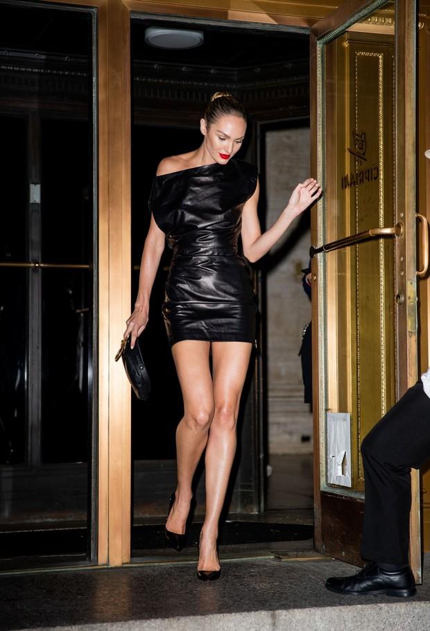 NYFW ngày 4: Jessica Jung lại bị báo quốc tế dìm tơi tả, diện set đồ hơn 100 triệu so kè với người mẫu của hãng - Ảnh 7.