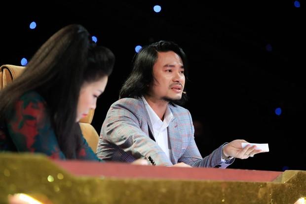 Cặp đôi vàng: Thiện Nhân khóc ngon lành trên sân khấu, khiến giám khảo rơi nước mắt theo - Ảnh 4.