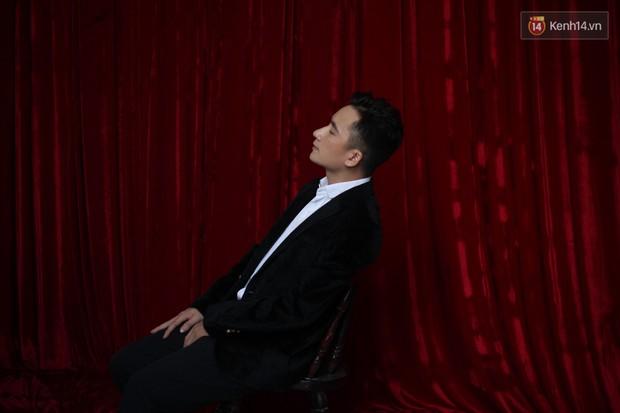 """Phan Mạnh Quỳnh: """"Nhạc của tôi giàu hình ảnh, vì tôi luôn mơ ước được làm phim - Ảnh 2."""