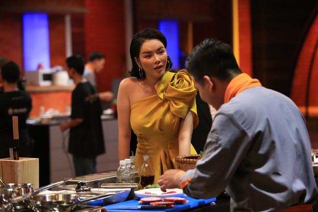 Top Chef Vietnam: Thí sinh phá hoại môi trường bị giám khảo gay gắt phê bình có tài mà chưa có tâm - Ảnh 1.