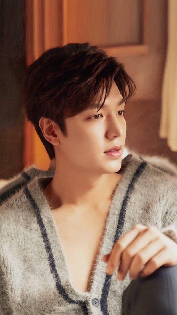 Trường đại học hot hit xứ Hàn hội tụ toàn idol, diễn viên hạng A: Mỹ nam BTS quá đỉnh, Lee Min Ho và Changmin cùng ngành - Ảnh 7.