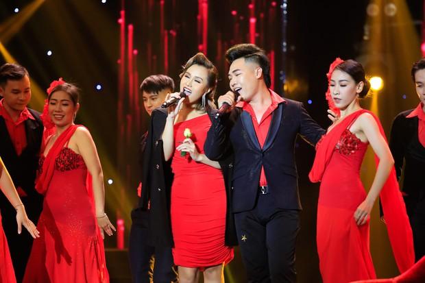 Cặp đôi vàng: Thiện Nhân khóc ngon lành trên sân khấu, khiến giám khảo rơi nước mắt theo - Ảnh 13.