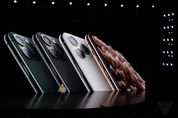 iPhone 11 đạt 2 triệu người xem trên livestream YouTube, lọt top kỷ lục thế giới chỉ sau 2 sự kiện kinh điển khác - Ảnh 5.