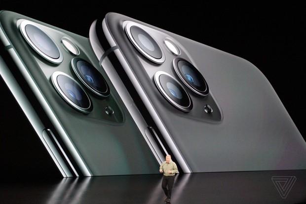 Bộ ba iPhone 11 chính thức đổ bộ: Màu xanh bóng đêm mới ngầu đét, mỗi tội camera trông hơi hài hước - Ảnh 4.
