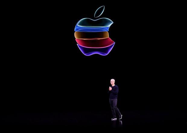 iPhone 11 đạt 2 triệu người xem trên livestream YouTube, lọt top kỷ lục thế giới chỉ sau 2 sự kiện kinh điển khác - Ảnh 4.