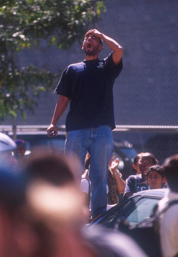 Nhìn lại những khoảnh khắc ám ảnh kinh hoàng trong vụ khủng bố 11/9 - Ảnh 4.