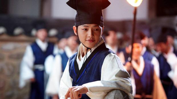 Nếu cưới 14 năm trước, Song Joong Ki và Song Hye Kyo đã bị liệt vào diện kết hôn bất hợp pháp - Ảnh 3.