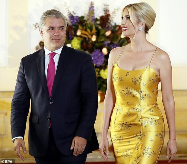 Ivanka Trump ngày một nhuận sắc, gợi cảm chết người trong chiếc váy hai dây sang chảnh, khiến đấng mày râu phải liếc nhìn - Ảnh 5.