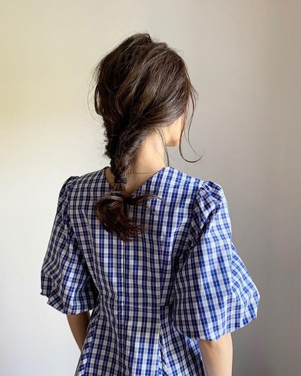 4 kiểu tóc nhanh gọn cứu vớt nhan sắc của chị em trong ngày mưa nắng thất thường - Ảnh 4.