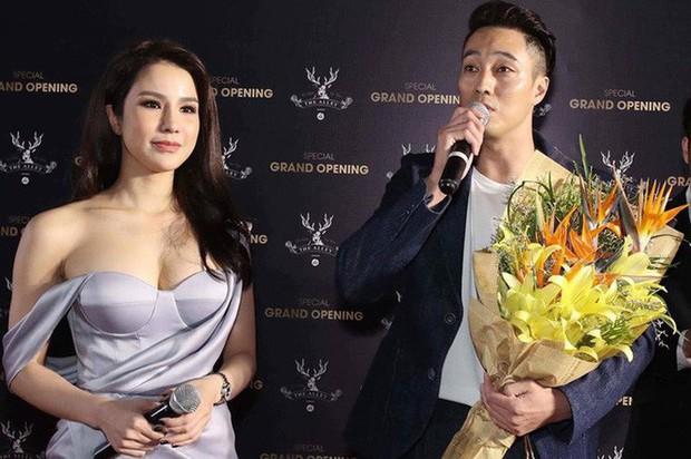 2 lần đón tài tử Hàn là 2 lần Diệp Lâm Anh khoe dáng bằng loạt váy áo sexy, bụng bầu vượt mặt cũng không ngại váy bó - Ảnh 5.