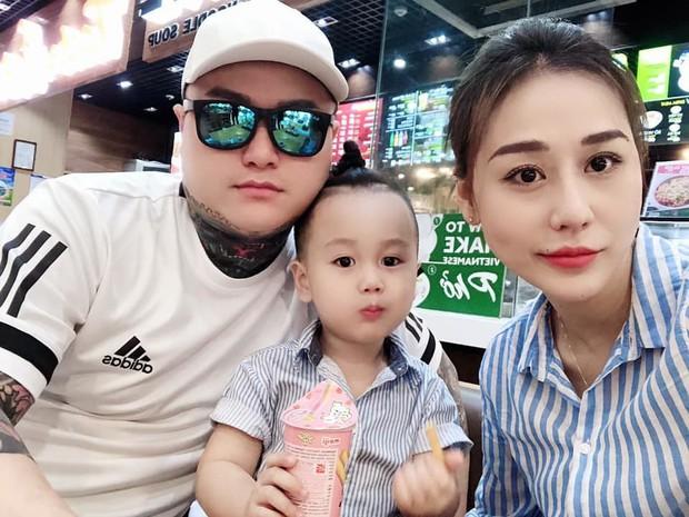 Sau ly hôn, Vũ Duy Khánh thừa nhận vẫn chung giường với vợ cũ vì con, chỉ đi thêm bước nữa khi con 16 tuổi - Ảnh 2.