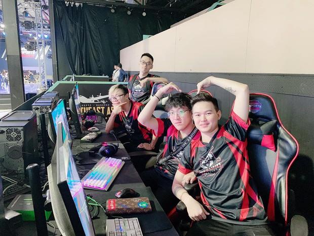 Refund Gaming của Độ Mixi chính thức góp mặt tại giải đấu PUBG onLAN hàng đầu Việt Nam - Ảnh 3.