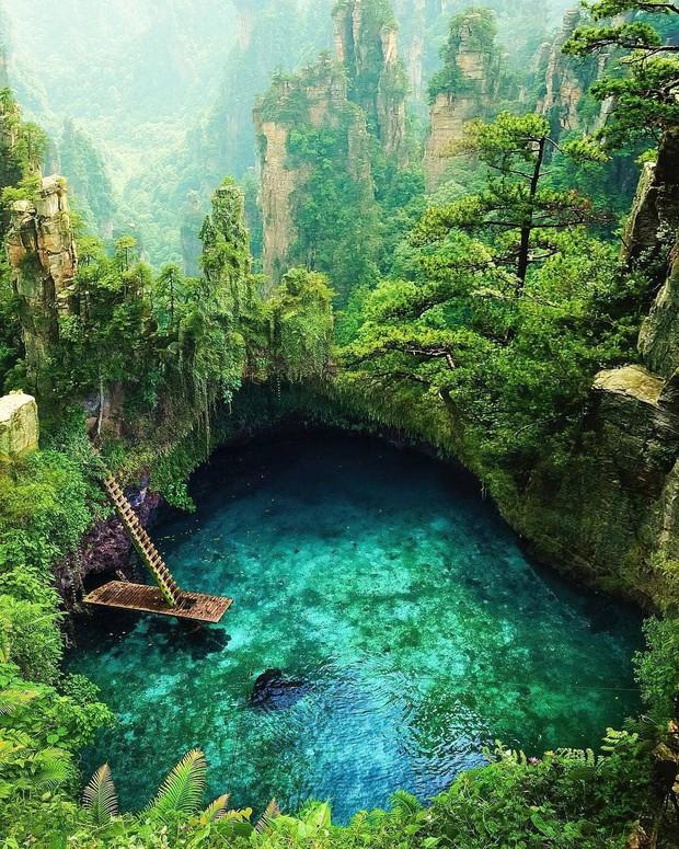 Hồ bơi tự nhiên đẹp nhất thế giới nằm ở quốc gia ít người biết nhưng ai đã đến một lần thì đảm bảo mê cả đời! - Ảnh 1.