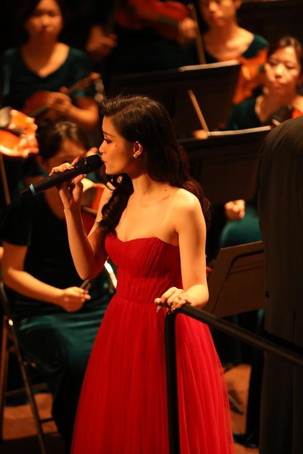 Đông Nhi gây bất ngờ với màn trình diễn bên dàn nhạc giao hưởng hoành tráng làm mới loạt hit - Ảnh 3.