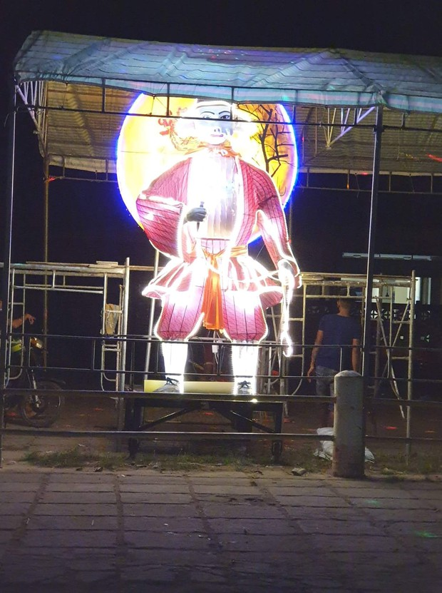 Những chiếc đèn lồng siêu to khổng lồ với muôn vàn biểu cảm hài hước trong dịp Trung thu khiến nhiều người bật cười ngặt nghẽo - Ảnh 8.