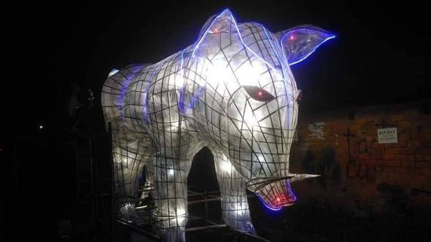 Những chiếc đèn lồng siêu to khổng lồ với muôn vàn biểu cảm hài hước trong dịp Trung thu khiến nhiều người bật cười ngặt nghẽo - Ảnh 3.