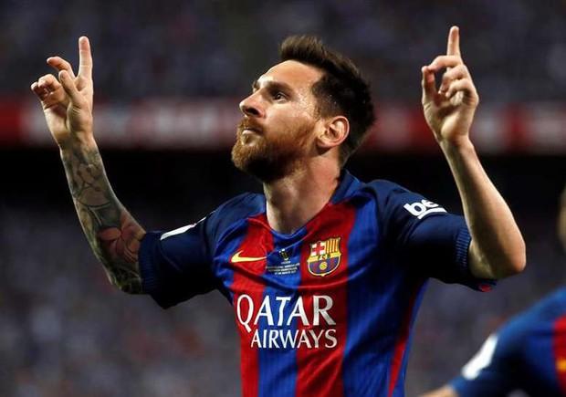Cậu nhóc nghịch ngợm nhất của Messi khiến dân tình phát sốt về độ đáng yêu khi bắt chước điệu ăn mừng trứ danh của cha - Ảnh 2.