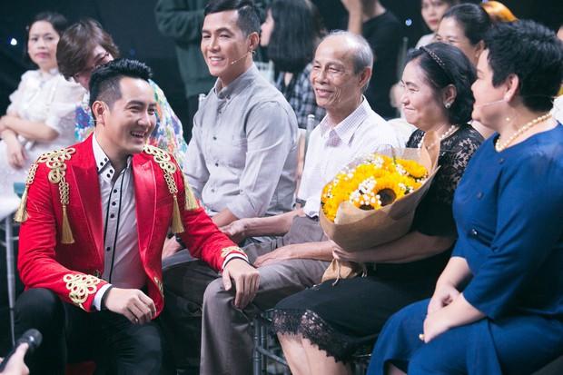 Nguyễn Phi Hùng được làm rõ tin đồn cặp kè bầu sô Thủy Nguyễn và xôn xao về giới tính - Ảnh 6.